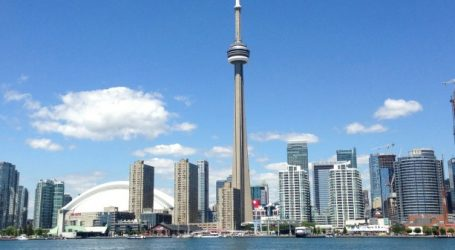 Toronto set tourism record in 2017 with 43.7M visitors