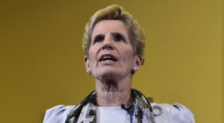 Kathleen Wynne stands by big-spending pre-election budget