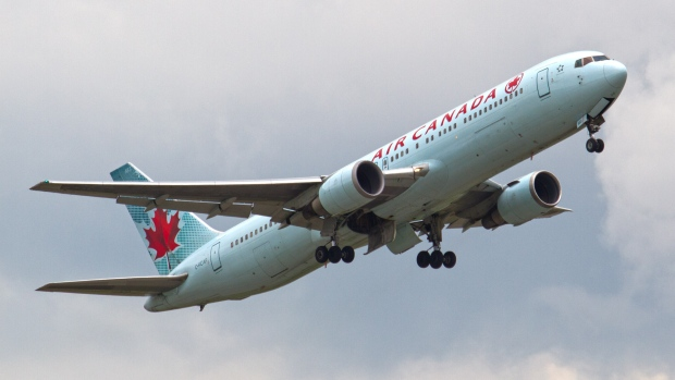 Photo of Air Canada says technical systems 'beginning to come back online'