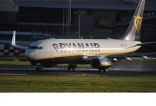 Photo of Ryanair com voos a 5,99 euros de P. Delgada para Londres