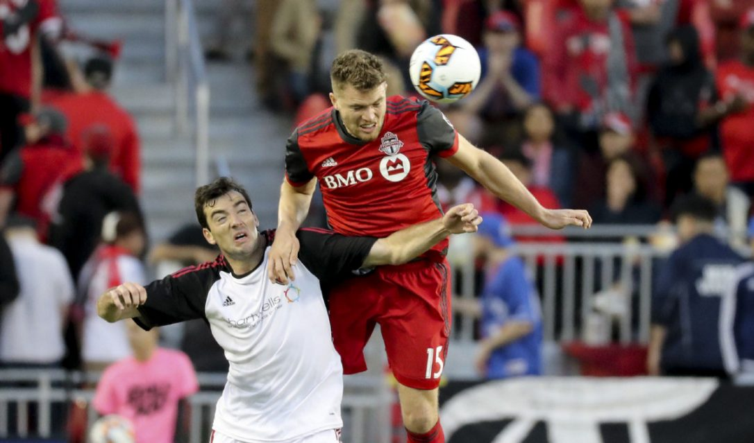 Photo of Toronto FC confirms it has re-signed defender Eriq Zavaleta