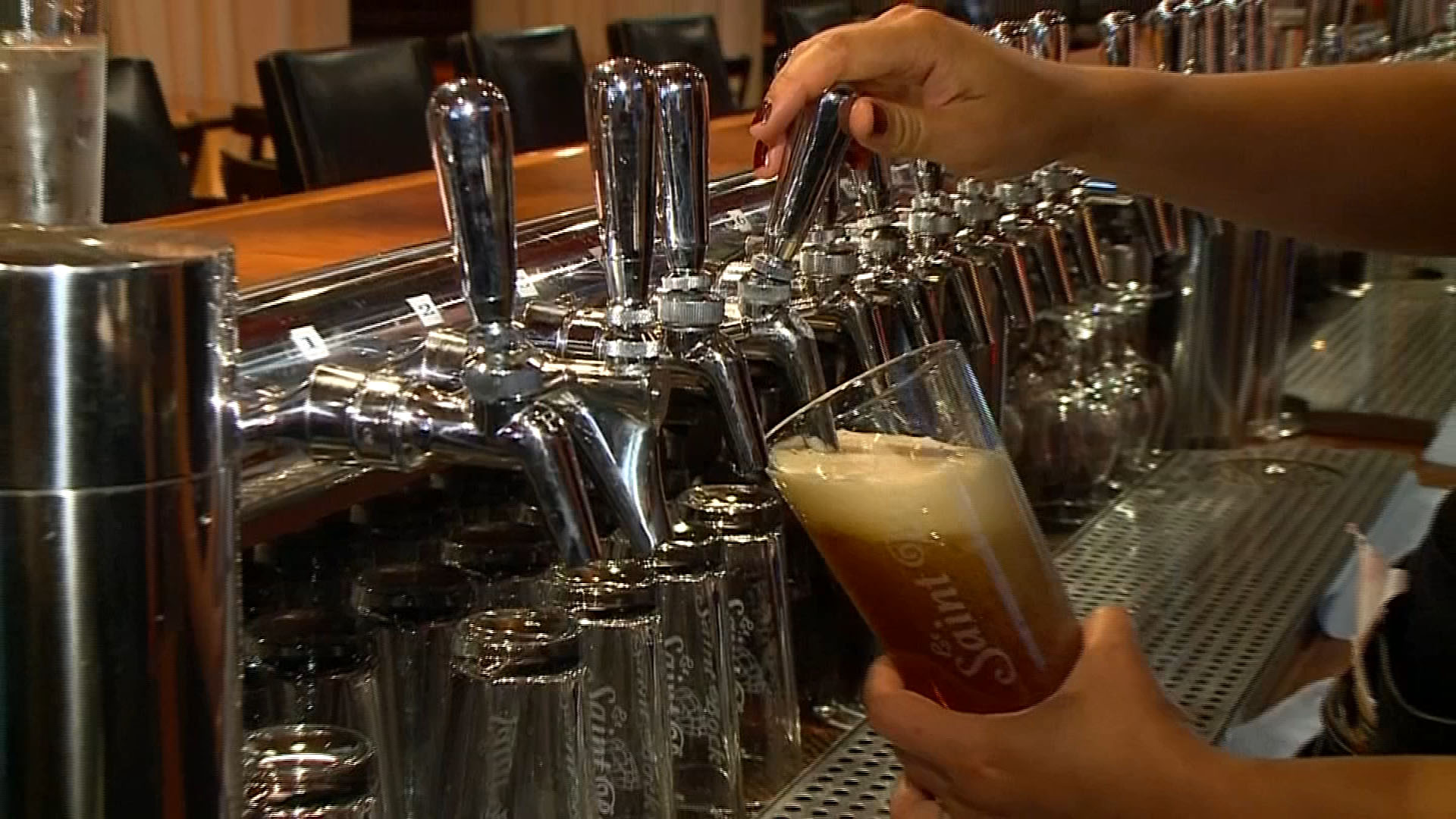 Photo of Councillor wants to let bars serve alcohol during Olympic hockey