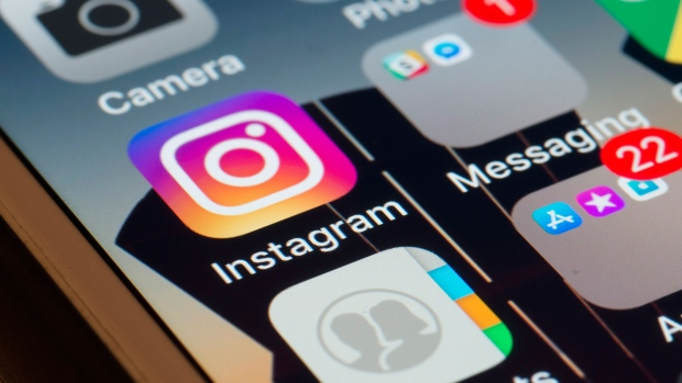 Photo of Instagram feature letting users tap photos to buy products coming to Canada