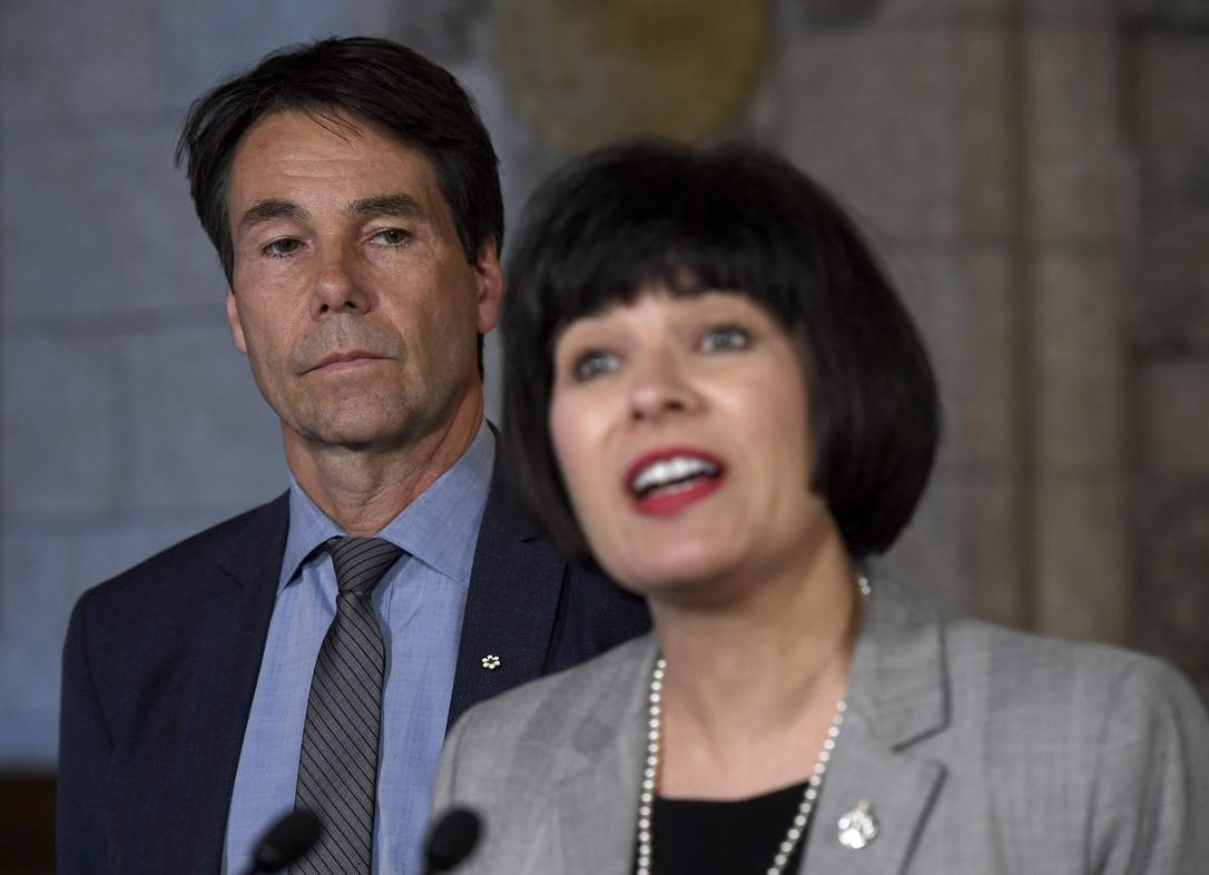 Photo of Federal health minister releases $50M dementia strategy