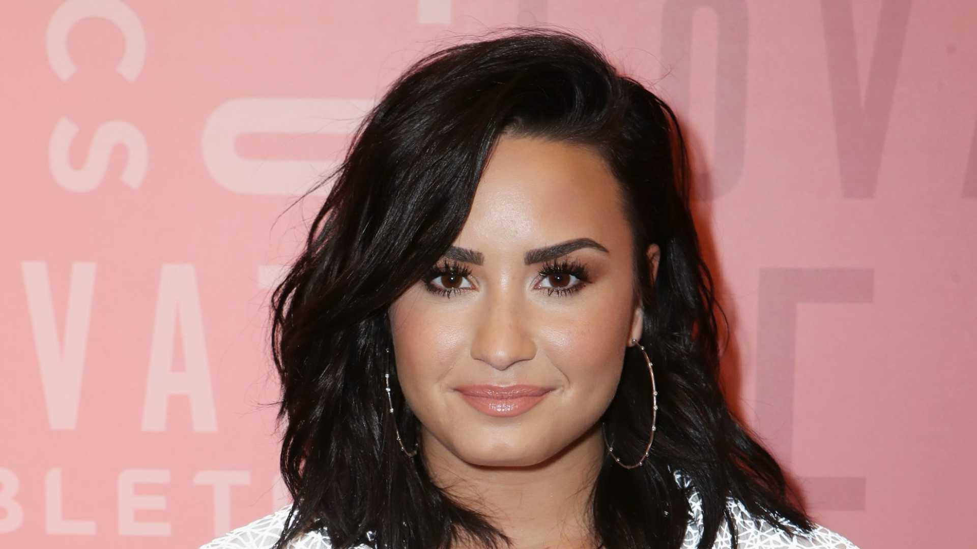 Photo of Divulgadas fotos de Demi Lovato no período de reabilitação