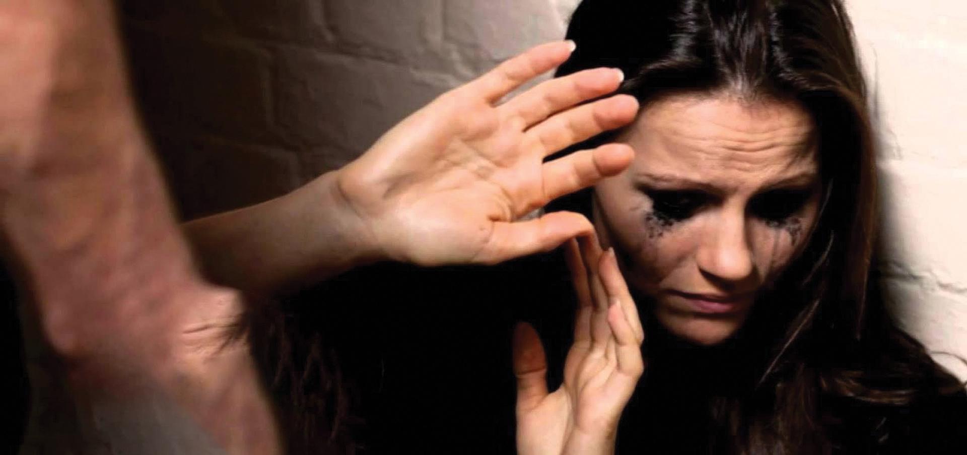 Photo of No Canadá uma mulher é morta a cada seis dias pelo companheiro