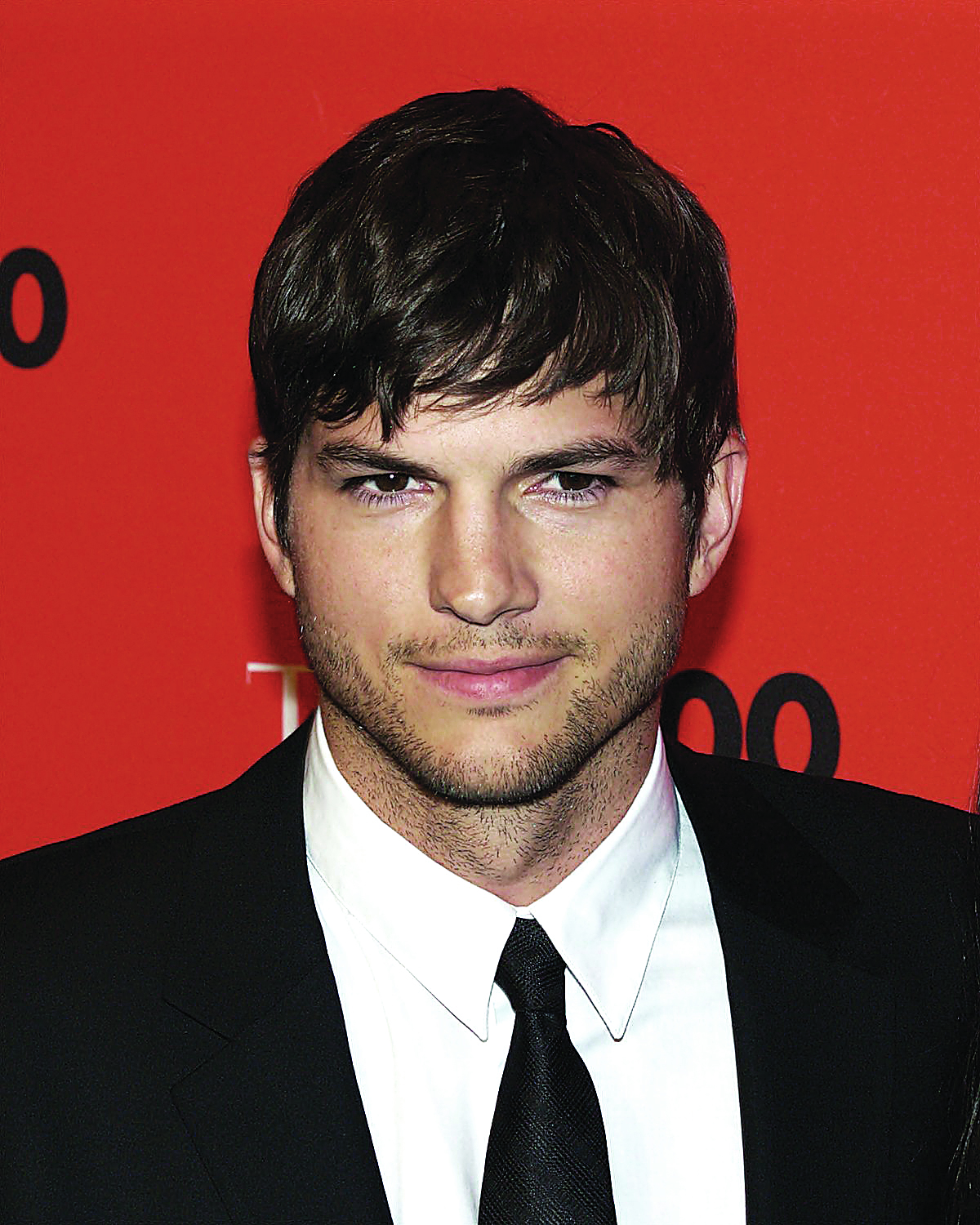 Photo of Ashton Kutcher partilha número de telemóvel