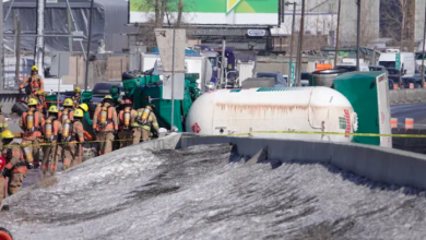Photo of Highway 15 backed up at Turcot Interchange after deadly tanker truck accident