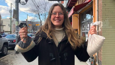Photo of Roncesvalles resident trying to make 'a good deal for nature' by cutting plastic waste