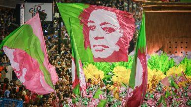 Photo of Mangueira vence Carnaval do Rio com desfile que lembrou Marielle