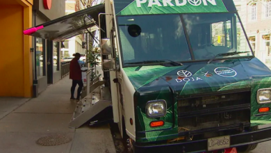 Photo of 'Pardon truck' rolls across Canada, calling for cannabis crime expungement