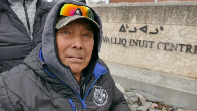 Photo of Nunavut man waiting for access to home dialysis feels 'like a hostage' in Winnipeg