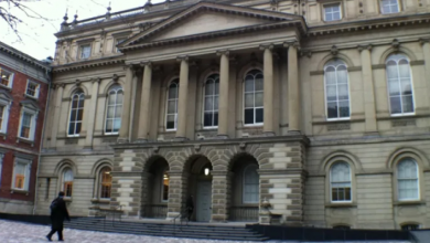 Photo of Crown appeals acquittal of ex-violin teacher who measured students' bare breasts