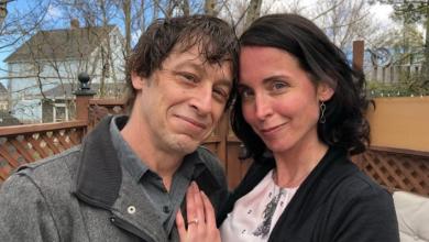Photo of Actors go off script, get engaged during Cape Breton theatre show