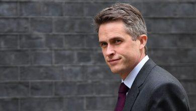 Photo of Ministro britânico demitido por fuga de informação sobre Huawei