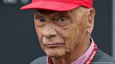 Photo of Lenda da Fórmula 1 Niki Lauda morre aos 70 anos