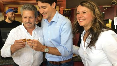 Photo of Trudeau esteve em Davenport
