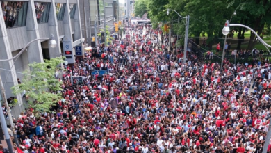 Photo of Drake's CBC mic drop and other highlights of the Raptors championship parade