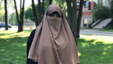 Photo of Montreal woman says STM bus driver didn't stop for her because of her niqab
