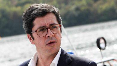 """Photo of Secretário de Estado critica """"comportamento imbecil"""" nos assobios a João Félix"""
