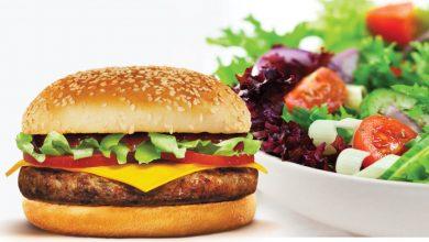 Photo of Hamburguers vs saladas: O que sacia mais?