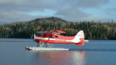 Photo of Plane that crashed in Labrador lake carried 3 Canadians