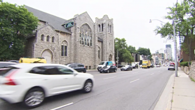 Photo of Councillor call for wider sidewalks on Avenue Road
