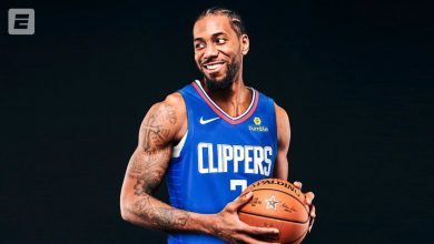 Photo of Kawhi Leonard officially signs with Clippers