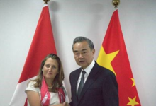 Photo of Freeland says she raised detained Canadians with her Chinese counterpart