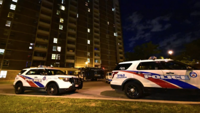 Photo of Police searching for 3 suspects after teen fatally shot at TCH apartment building