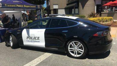 Photo of Carro-patrulha da Tesla fica sem bateria a meio de perseguição