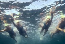 Photo of Quatro mulheres nadaram nove horas para alertar para a poluição no mar