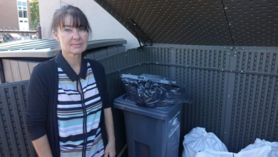 Photo of Garbage rules don't pass smell test, Gatineau daycare says