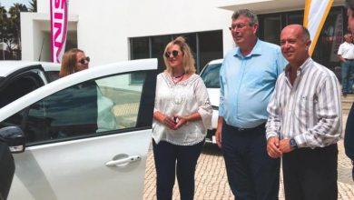 Photo of Governo Regional entrega a primeira viatura eléctrica ao Porto Santo