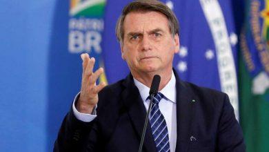 Photo of Bolsonaro promulga diploma que amplia posse de arma em propriedades rurais