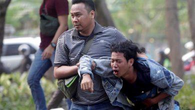Photo of Polícia dispara gás lacrimogéneo contra milhares de estudantes em protesto