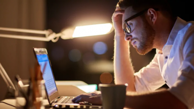 Photo of Entrepreneurs battle burnout from working longer hours, taking fewer vacations, survey suggests