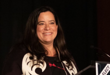 Photo of Jody Wilson-Raybould going back to Ottawa as Independent MP in minority Parliament