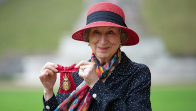 Photo of Margaret Atwood receives rare honour from Queen Elizabeth