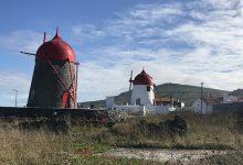 Photo of A ilha branca de mar turquesa