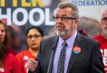 Photo of Elementary teachers' union could launch work-to-rule job action this month