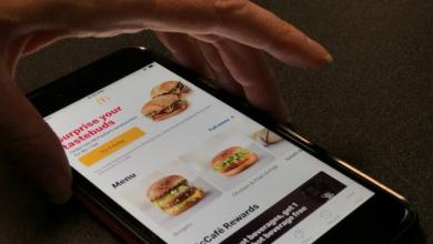 Photo of McDonald's customers frustrated as 'Hamburglar' hacks more app accounts