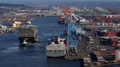 Photo of Statistics Canada says trade deficit narrowed to $978M in September