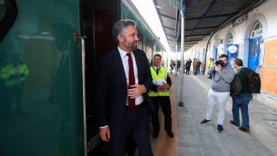 """Photo of Ministro das Infraestruturas lamenta """"décadas de atraso"""" na ferrovia"""