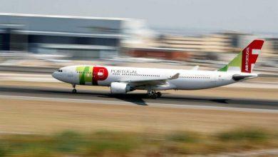 Photo of Avião da TAP interrompe descolagem em Bilbau após embater contra águia