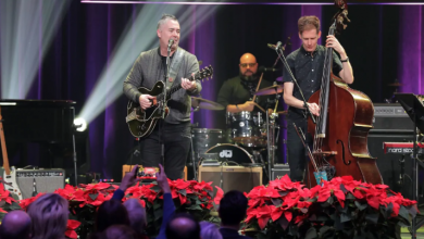 Photo of Musical acts draw thousands to CBC Toronto for Sounds of the Season