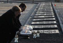 Photo of Merkel diz que a memória dos crimes nazis são inseparáveis da identidade alemã