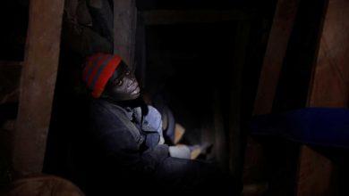 Photo of Tesla, Apple e Microsoft acusadas de escravizarem crianças em minas