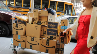 Photo of Amazon's need for speed creating safety risks, delivery drivers say