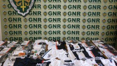 Photo of GNR apreendeu camisolas de Ronaldo 'falsificadas' em loja no Funchal